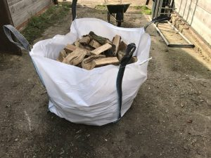 mixed-seasoned-split-logs-bulk-bag