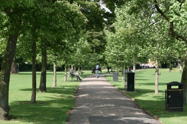 Ravenscourt-Park-Other-Trees
